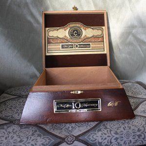 Vintage Custom Camacho cigar box purse